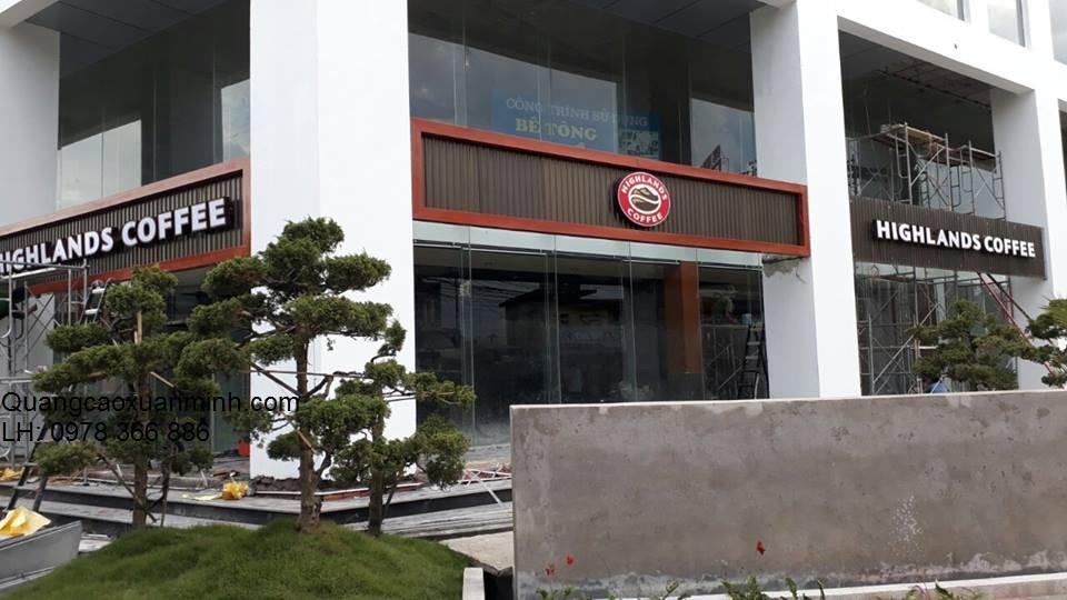 Hệ-thống-Highlands-Cafe-Lê-Đức-Thọ-Hà-Nội-1