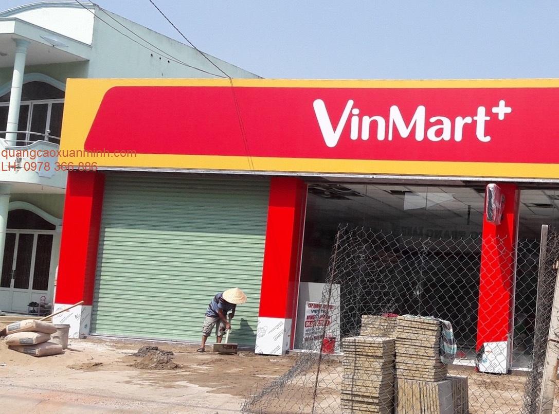 Hộp-đèn-3m-VinMart-Chương-Dương-Long-Biên-Hà-Nội.-1