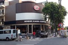 Hệ-thống-Highlands-Cafe-KĐT-Ngoại-Giao-đoàn-Tây-Hồ-Hà-Nội.-1
