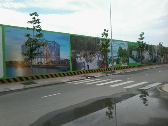 Làm hàng rào công trình