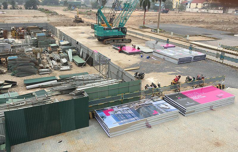 Thi công hàng rào xây dựng