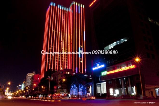 Đèn led trang trí tòa nhà giá rẻ