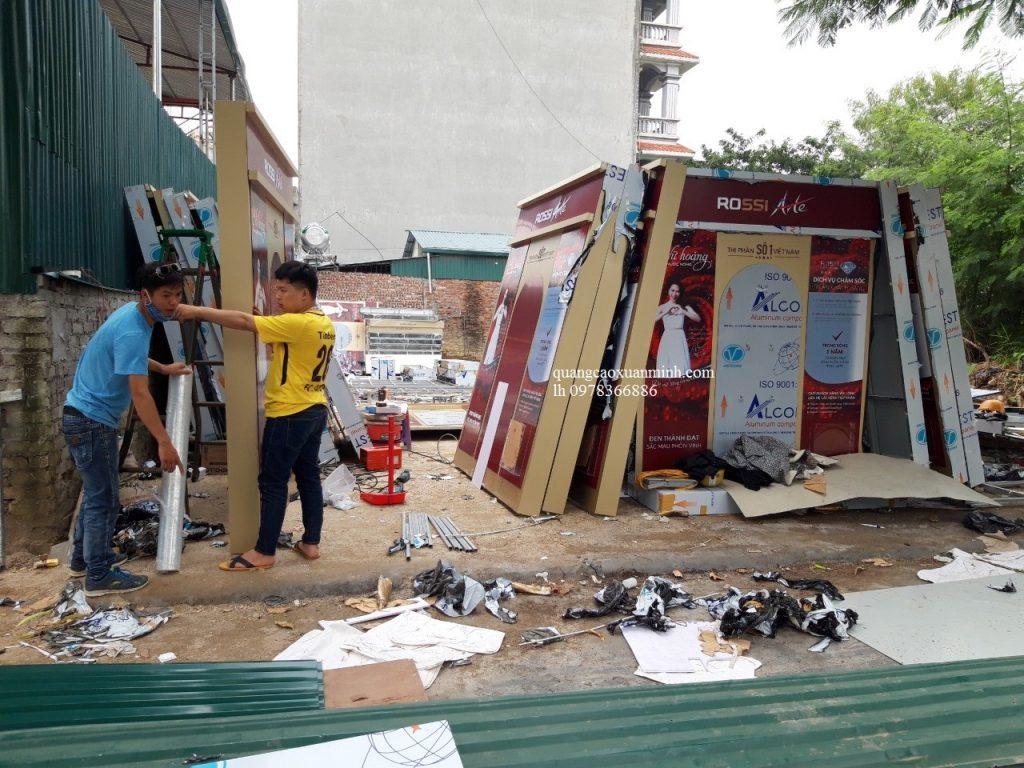 Biển quảng cáo tại Hà Nội