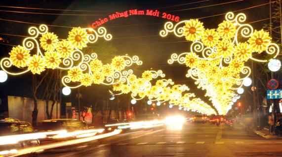 Trang trí đường phố tại Hà Nội