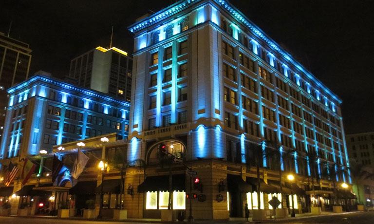 Lắp đặt đèn led trang trí tòa nhà giá rẻ