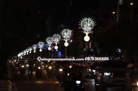 Cột đèn trang trí đường phố đẹp