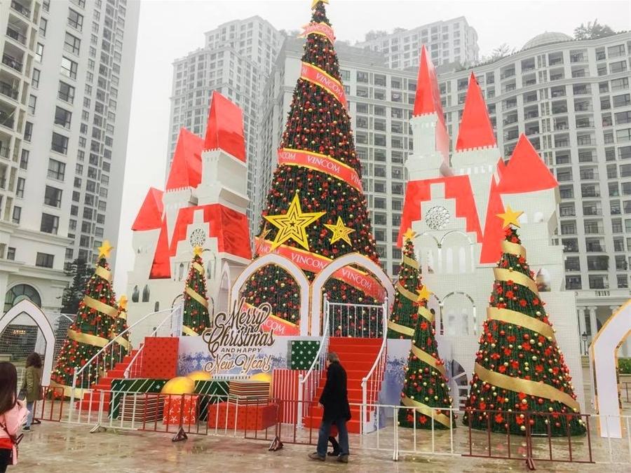 Trang trí Noel 2021 trên toàn quốc