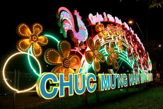 Trang trí tết giá rẻ tại Hà Nội